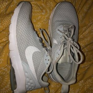 Women's Nike airmax